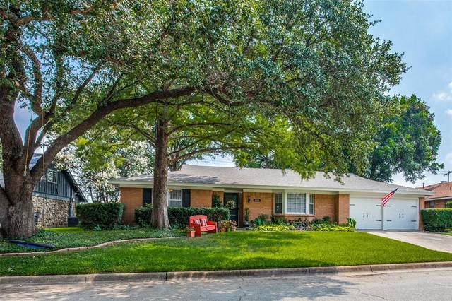 3909 Wedgworth Road S, Fort Worth, TX 76133 (MLS #14638960) :: Wood Real Estate Group