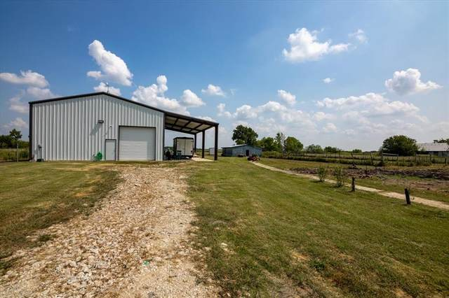 14029 Friendship Road, Pilot Point, TX 76258 (MLS #14639015) :: All Cities USA Realty