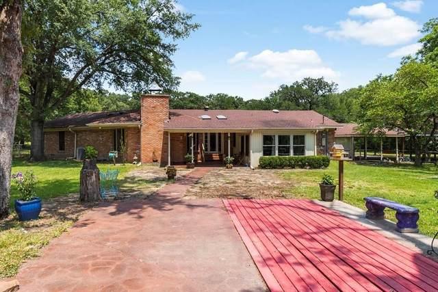 8661 N State Highway 34, Oak Ridge, TX 75161 (#14639075) :: Homes By Lainie Real Estate Group