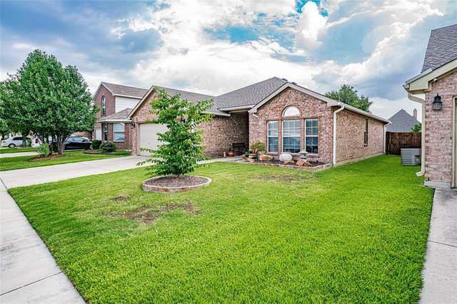8344 Bowspirit Lane, Fort Worth, TX 76053 (MLS #14639285) :: Real Estate By Design