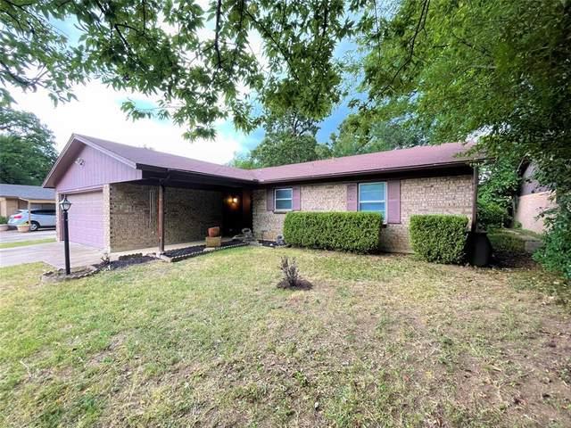 806 Hester Street, Arlington, TX 76011 (MLS #14639439) :: The Mitchell Group