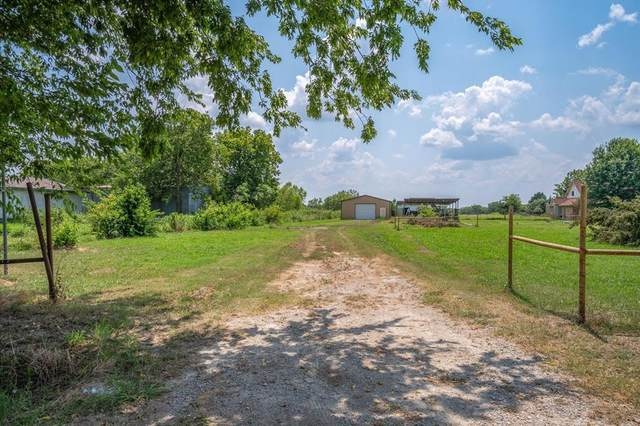 6963 County Road 283, Terrell, TX 75160 (MLS #14639465) :: Real Estate By Design