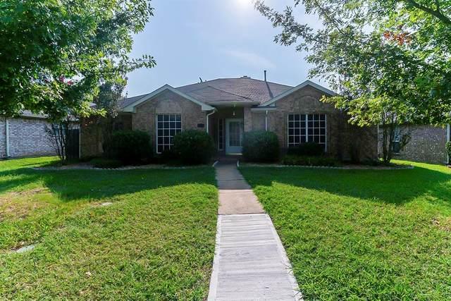 1028 Essex Drive, Cedar Hill, TX 75104 (MLS #14639918) :: The Chad Smith Team