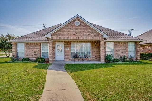 301 Peachtree Lane, Princeton, TX 75407 (MLS #14640301) :: The Chad Smith Team