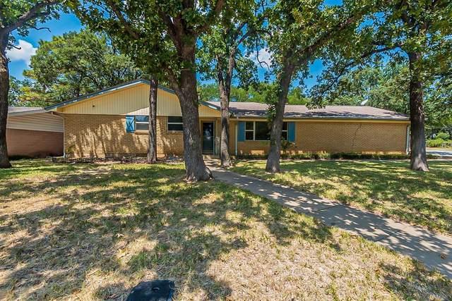1013 Wade Drive, Bedford, TX 76022 (MLS #14640379) :: Trinity Premier Properties