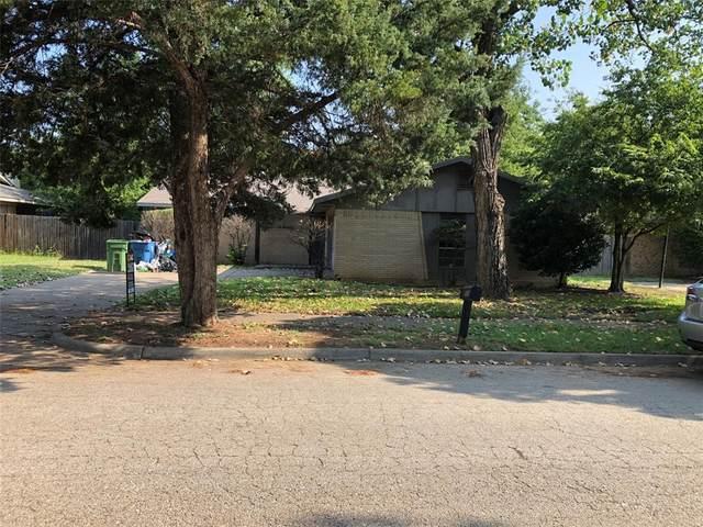 1005 Kings Manor Drive, Lake Dallas, TX 75065 (MLS #14640487) :: Real Estate By Design