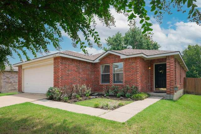 1216 Golden Sand Drive, Denton, TX 76210 (MLS #14641153) :: The Chad Smith Team