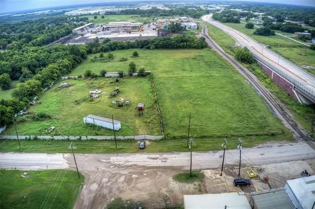 500 E Grove Street, Terrell, TX 75160 (MLS #14641173) :: All Cities USA Realty