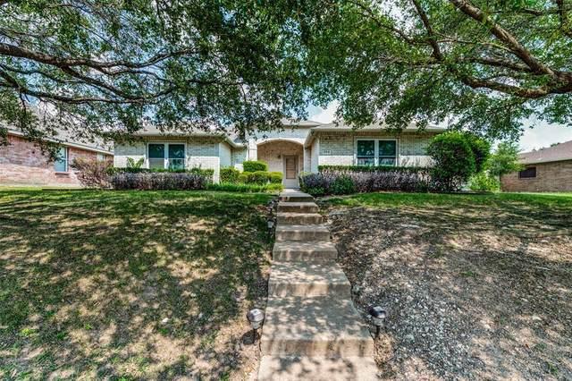 304 Birchwood Lane, Cedar Hill, TX 75104 (MLS #14641453) :: The Good Home Team