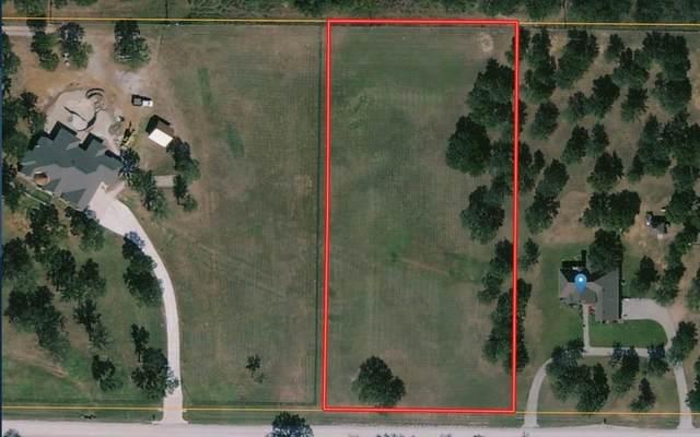 311 Timber Oaks Court, Bowie, TX 76230 (MLS #14641501) :: The Mauelshagen Group
