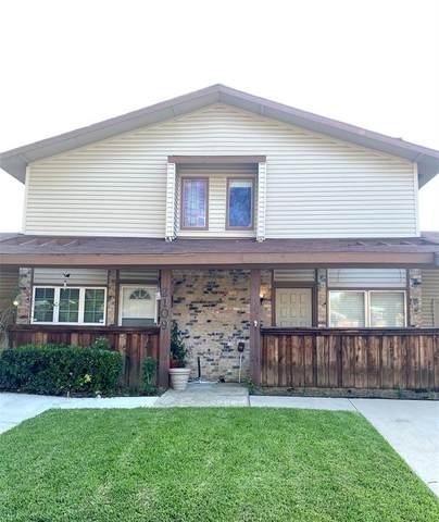 2111 Via Balboa, Carrollton, TX 75006 (MLS #14641710) :: The Good Home Team