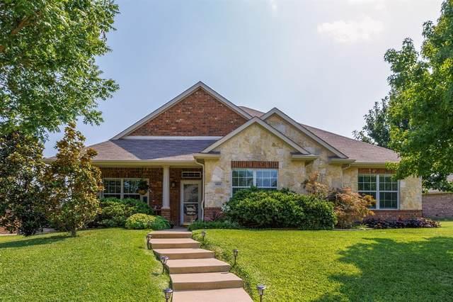 3833 Juniper Hills Drive, Rockwall, TX 75032 (MLS #14641772) :: Craig Properties Group