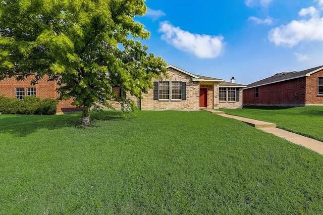 1407 Gentle Rain Drive, Lancaster, TX 75134 (MLS #14641879) :: Robbins Real Estate Group