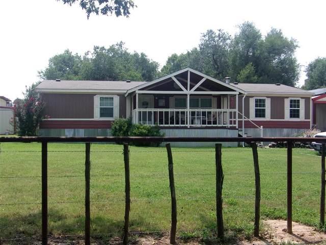 153 W Cottage Grove Avenue, Sunset, TX 76270 (MLS #14642183) :: The Mauelshagen Group