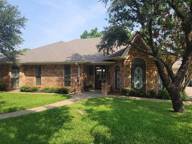 109 Mustang Drive, Graham, TX 76450 (MLS #14642317) :: The Chad Smith Team