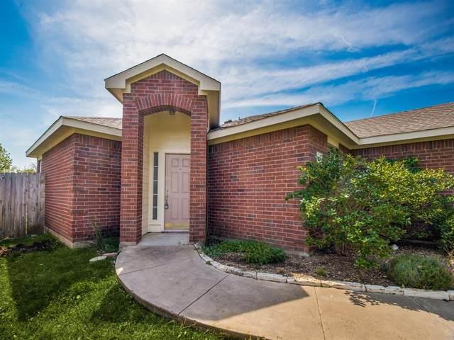 2504 Castle Ridge Drive, Mckinney, TX 75071 (MLS #14642410) :: The Mauelshagen Group