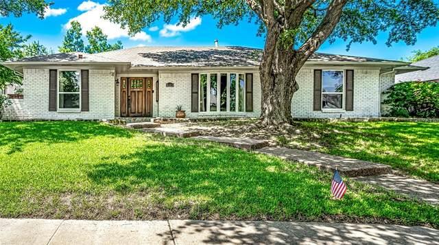 6221 Glennox Lane, Dallas, TX 75214 (MLS #14642842) :: The Good Home Team