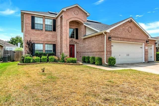 12113 Treeline Drive, Fort Worth, TX 76036 (MLS #14643185) :: Epic Direct Realty