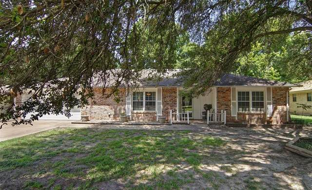 316 Hidden Valley Drive, Aledo, TX 76008 (MLS #14643363) :: Robbins Real Estate Group