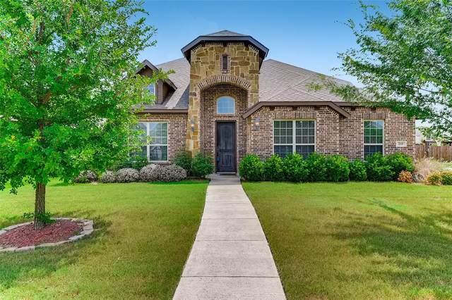 210 Debbie Way, Red Oak, TX 75154 (MLS #14645579) :: Russell Realty Group