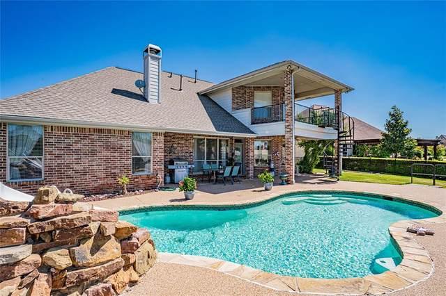 1119 Cliff Swallow Drive, Granbury, TX 76048 (MLS #14646118) :: Maegan Brest   Keller Williams Realty