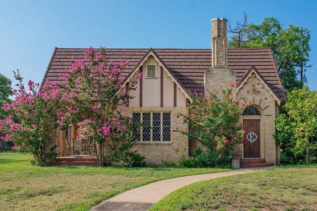 107 W 10th Street, Brady, TX 76825 (MLS #14646431) :: The Property Guys
