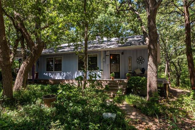 341 Black Forest Drive, Pottsboro, TX 75076 (MLS #14646525) :: Real Estate By Design