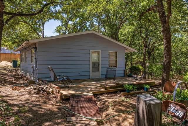 401 Black Forest Drive, Pottsboro, TX 75076 (MLS #14646675) :: Real Estate By Design