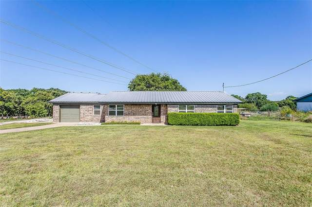 3822 Zion Hill Road, Weatherford, TX 76088 (MLS #14646872) :: Russell Realty Group