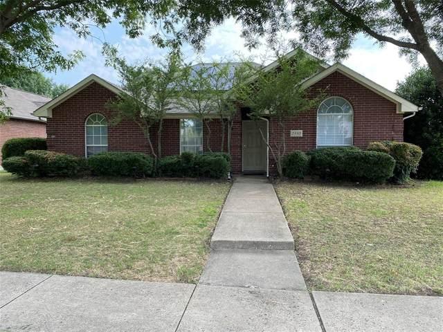 2330 Briarbrook Lane, Garland, TX 75040 (MLS #14647061) :: Russell Realty Group