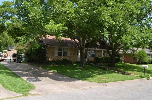 2505 N Lockhart Street, Sherman, TX 75092 (MLS #14647080) :: Real Estate By Design