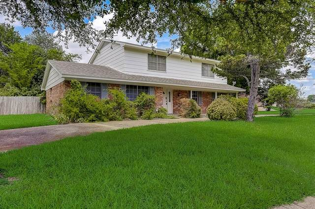 1902 Deep Valley Drive, Richardson, TX 75080 (MLS #14647687) :: Real Estate By Design