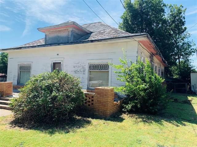 404 W College Avenue, Comanche, TX 76442 (MLS #14648017) :: Robbins Real Estate Group