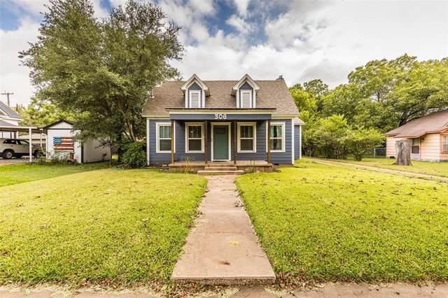 306 W Spruce Street, West, TX 76691 (MLS #14648515) :: Craig Properties Group