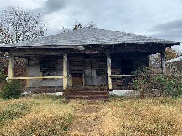 203 S Connellee Avenue, Eastland, TX 76448 (MLS #14649565) :: The Mauelshagen Group