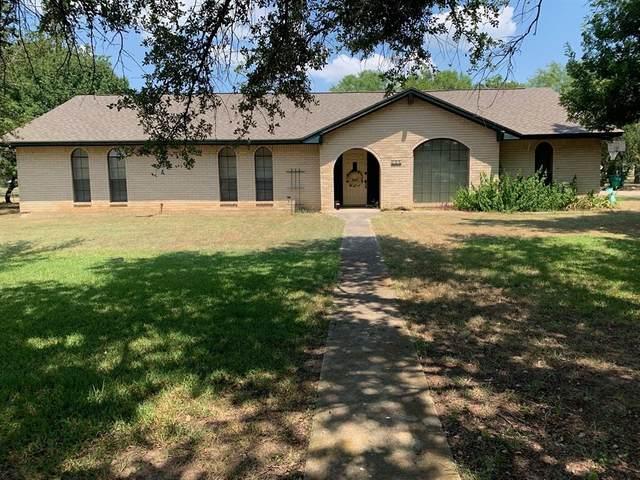100 Bluebird Lane, Runaway Bay, TX 76426 (MLS #14650107) :: Real Estate By Design