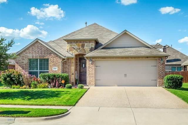 732 Shadow River Drive, Saginaw, TX 76179 (MLS #14650241) :: Craig Properties Group