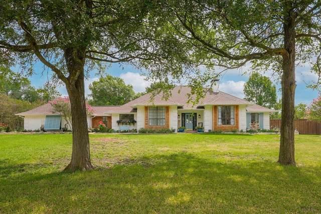 2009 Carriage Estates Road, Sherman, TX 75092 (MLS #14650616) :: VIVO Realty