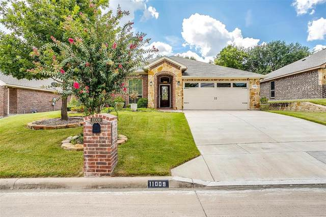11009 Castle Oak Lane, Fort Worth, TX 76108 (MLS #14650909) :: The Juli Black Team