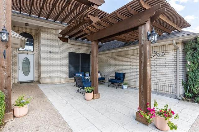 104 Country Green Court, Weatherford, TX 76087 (MLS #14651450) :: Trinity Premier Properties