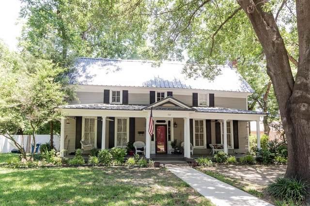 707 S Houston Street, Kaufman, TX 75142 (MLS #14651823) :: Lisa Birdsong Group | Compass