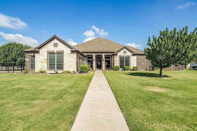 13901 Rail Lane, Fort Worth, TX 76052 (MLS #14652163) :: Russell Realty Group