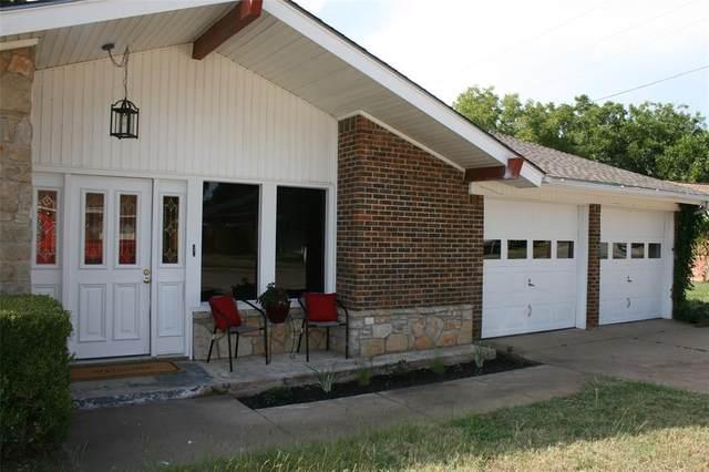 702 Michael Lane, Mineral Wells, TX 76067 (MLS #14652259) :: Craig Properties Group