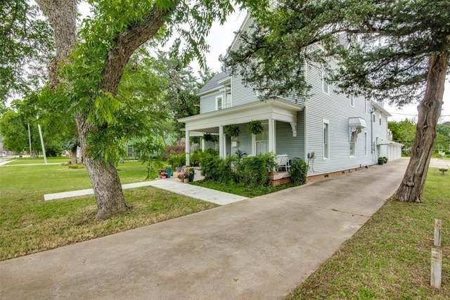 245 Herod Street, Lewisville, TX 75057 (#14652397) :: Homes By Lainie Real Estate Group