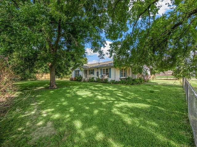 100 S Throckmorton Avenue, Kerens, TX 75144 (MLS #14652418) :: Russell Realty Group