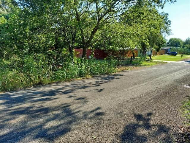 9538 Santa Clara Drive, Fort Worth, TX 76116 (MLS #14652522) :: Robbins Real Estate Group