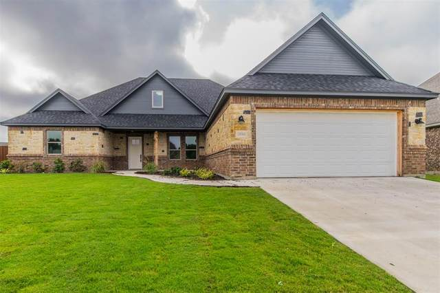 2933 Windy Glen Drive, Decatur, TX 76234 (MLS #14652557) :: Russell Realty Group