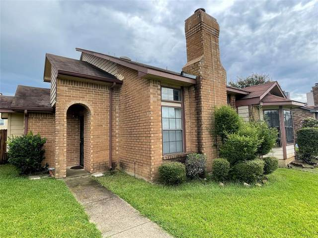 4811 Clover Haven Street, Dallas, TX 75227 (MLS #14652918) :: Real Estate By Design