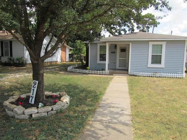 217 Ohio Street, Graham, TX 76450 (MLS #14652942) :: The Juli Black Team