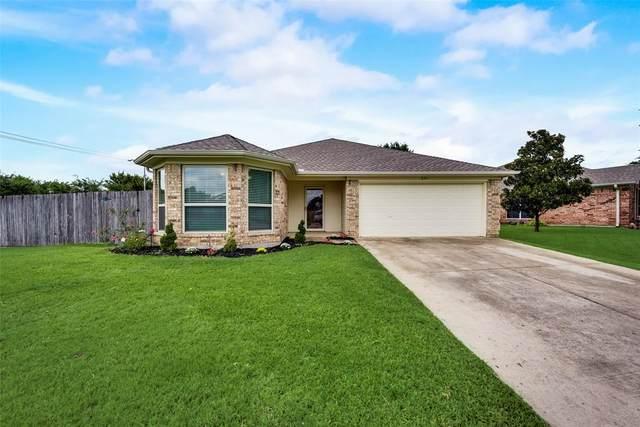 601 Ember Lane, Mansfield, TX 76063 (MLS #14653067) :: Russell Realty Group